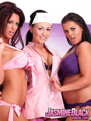 Kelly Carter plays with Jasmine Black and Charlie Monaco as they get it on
