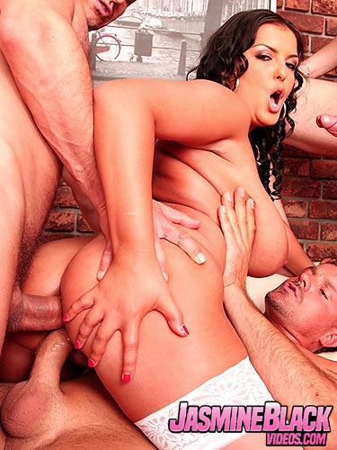 Jasmine Black dp anal sex with 3 horny studs and swallows cum